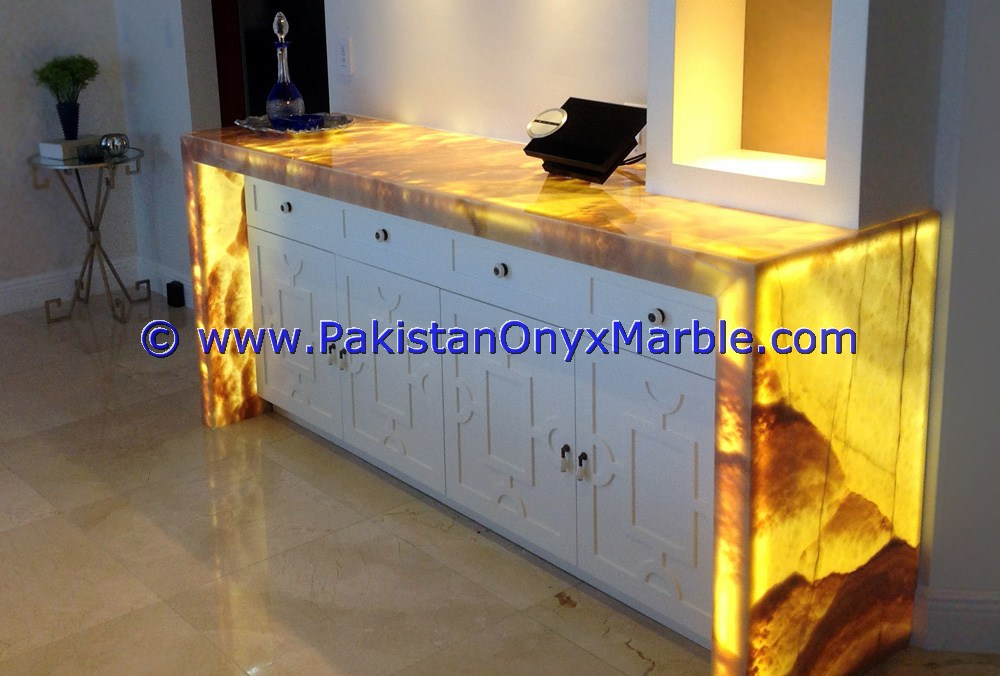 Backlit Onyx Counter Tops Bar Receiptions-06