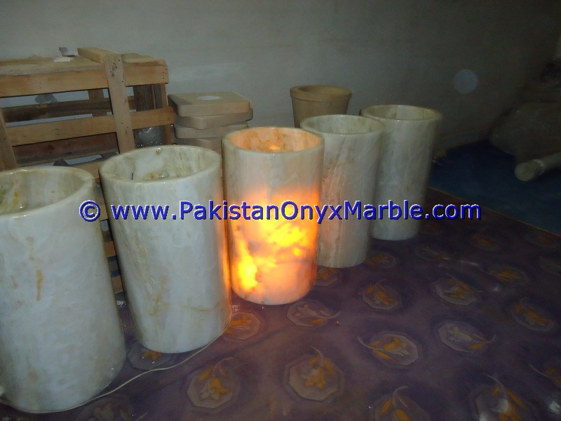 Manufactures & Exporters of Onyx Pedestal Sinks, Onyx Pedestal Basins, onyx pedestal bathroom sink, onyx shell pedestal sink, stone pedestal sink, pedestal vessel sink, Onyx barrel pedestal sinks, Green Onyx Pedestal Sinks